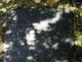 A close-up of the headstone - top section. © K. Morris